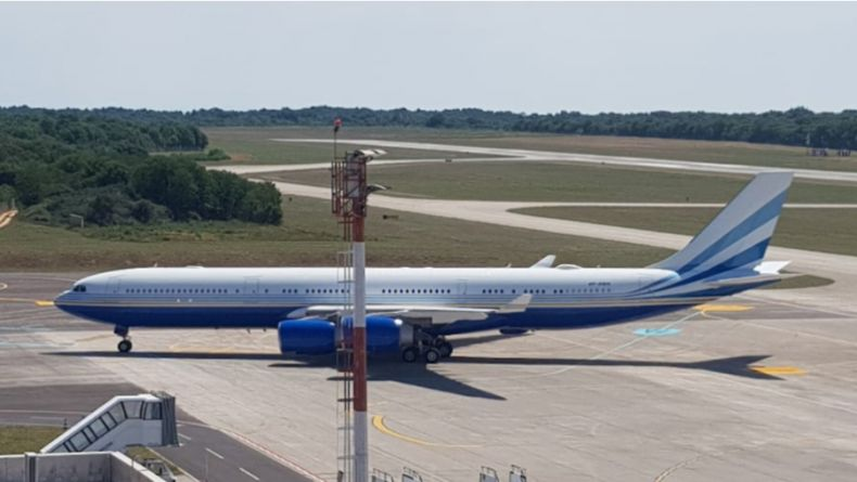 Read more: Two flight crew members who landed in Pula yesterday infected