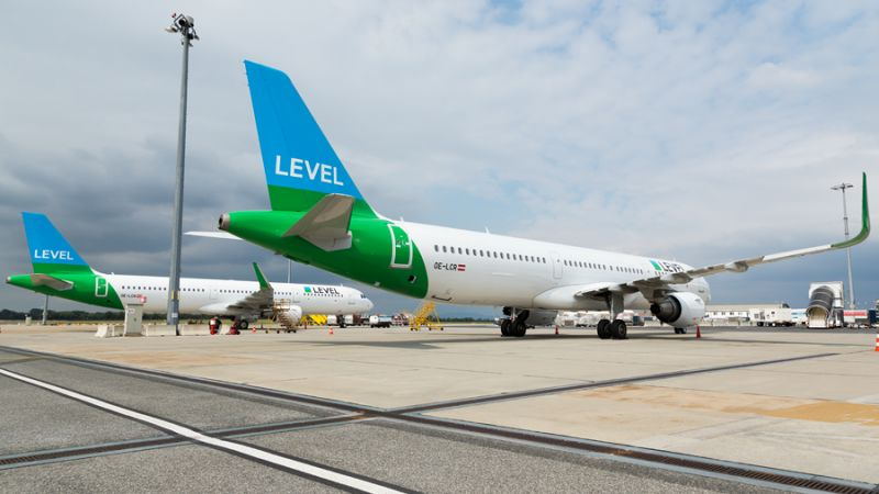 LEVEL / Anisec Airbus A321